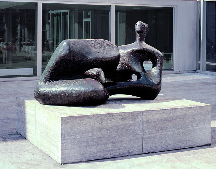 Henry Moore: Recicling Figure: Angles